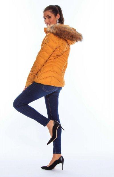 Digit kabát