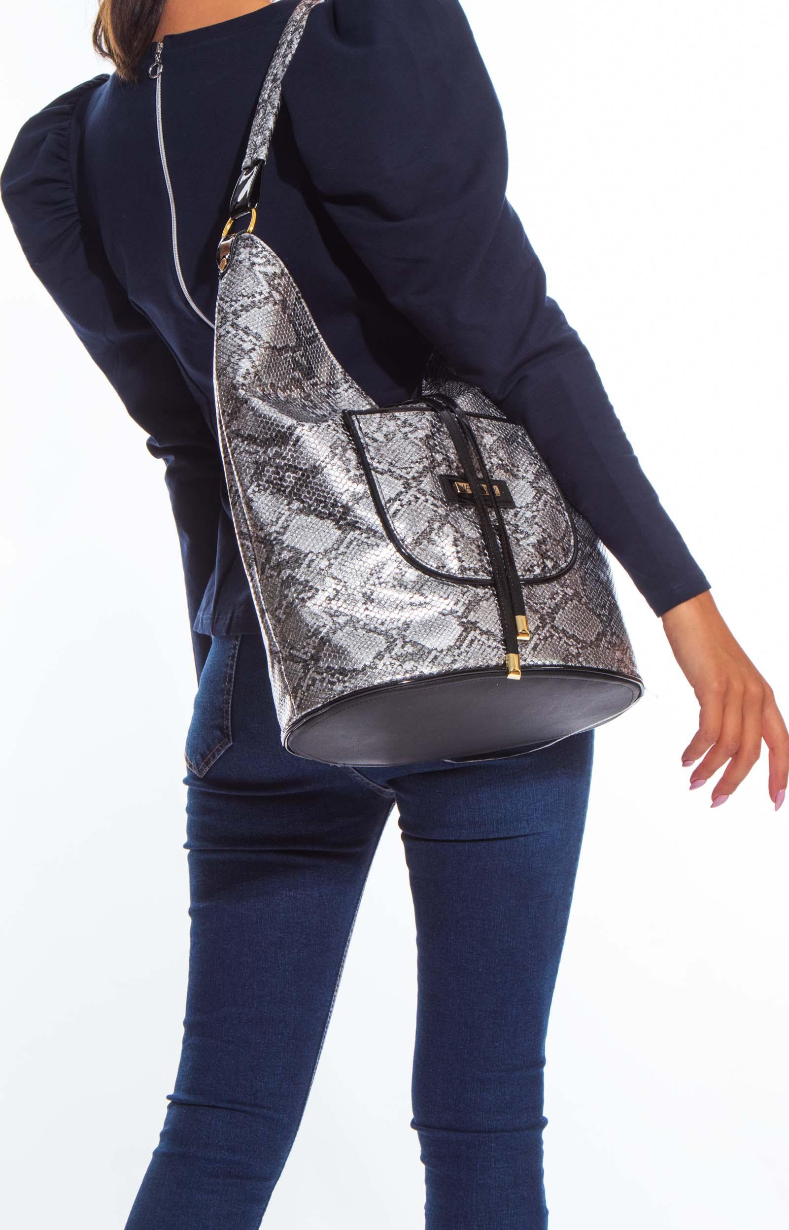 Marlo táska
