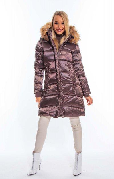 Perny kabát