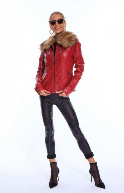 Rosettina dzseki hímzett