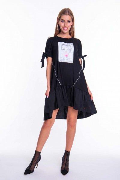 Lucca ruha fny.