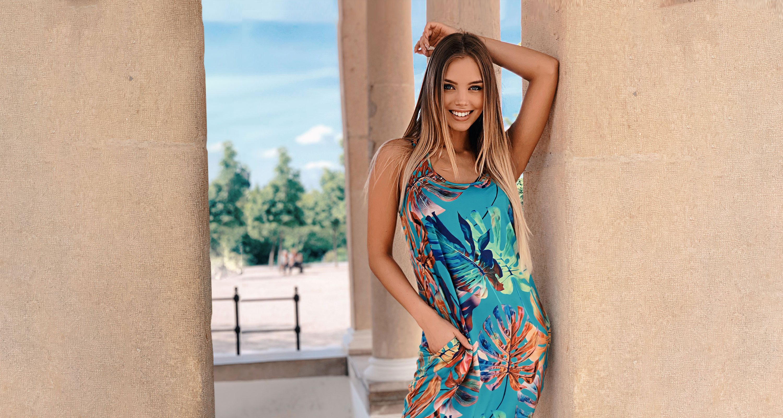 91cffb19dd Rendeld meg most a legújabb nyári ruhákat, nadrágokat, felsőket egyenesen a  Mayo Chix weboldaláról, hogy elkerüld a sorban állást a boltokban